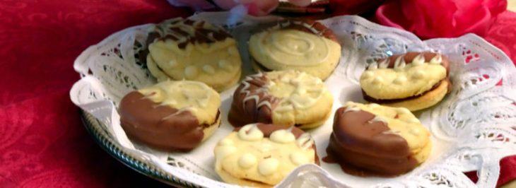 Biscotti al cioccolato e alla pasta di mandorle