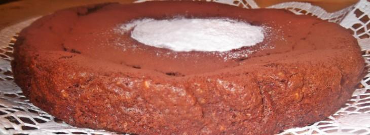 Torta caprese al cioccolato e nocciole tostate