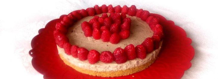 Cheesecake al cioccolato con lamponi