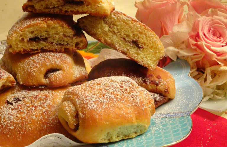 gm-croissant-cioccolato-piatto-gallery-12-jpg