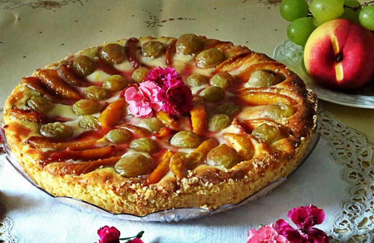 gm-crostata-ricotta-pesche-uva-piatto-gallery-10