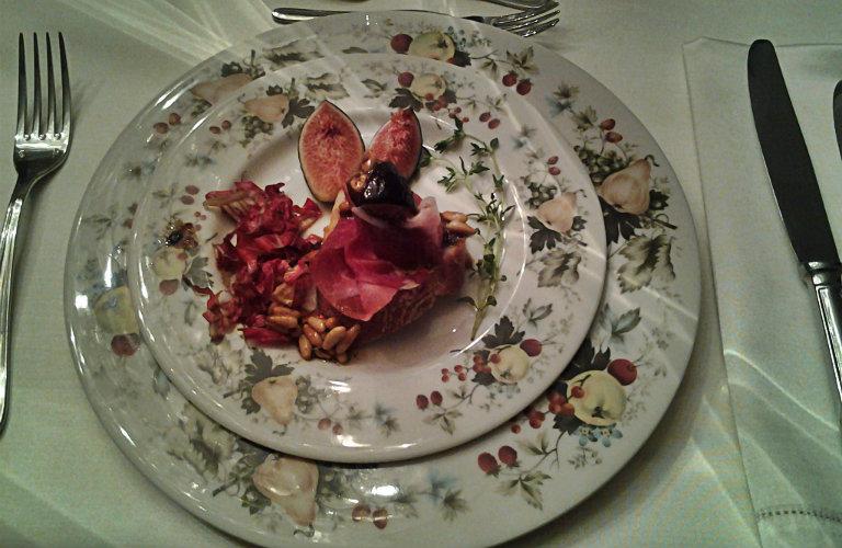 gm-crostini-prosciutto-fichi-piatto-gallery-3a