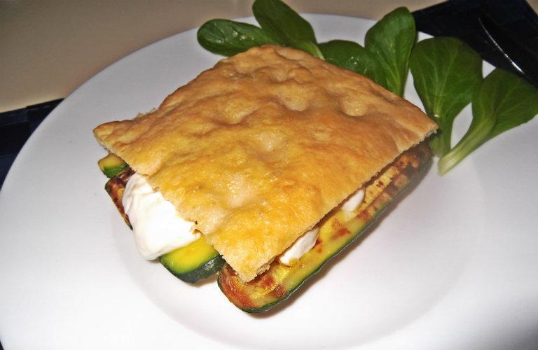 gm-focaccia-stracchino-zucchine-piatto-gallery-8