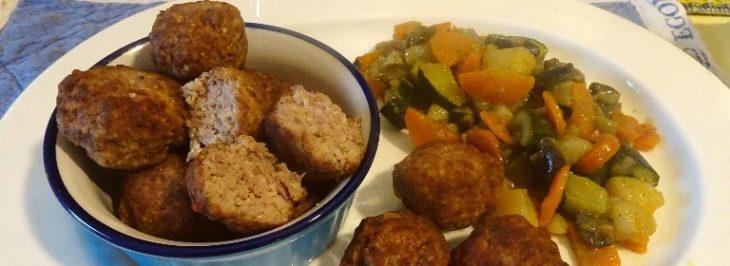 Polpette di carne con ratatouille di verdure