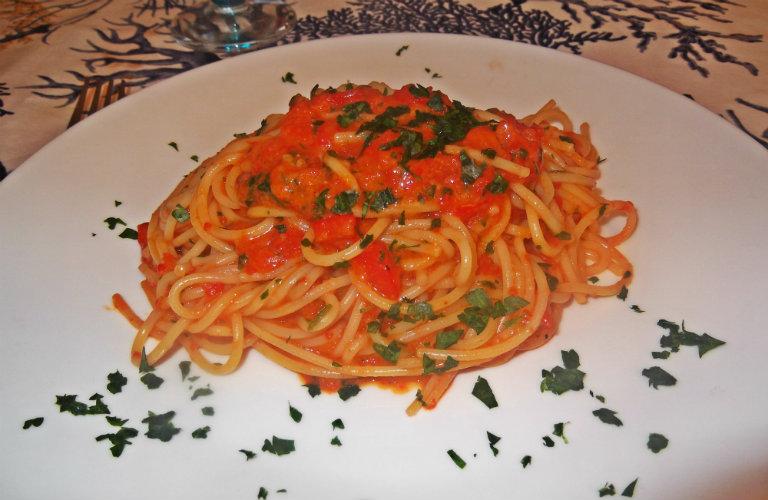 gm-spaghetti-crema-peperoni-piatto-gallery-10a