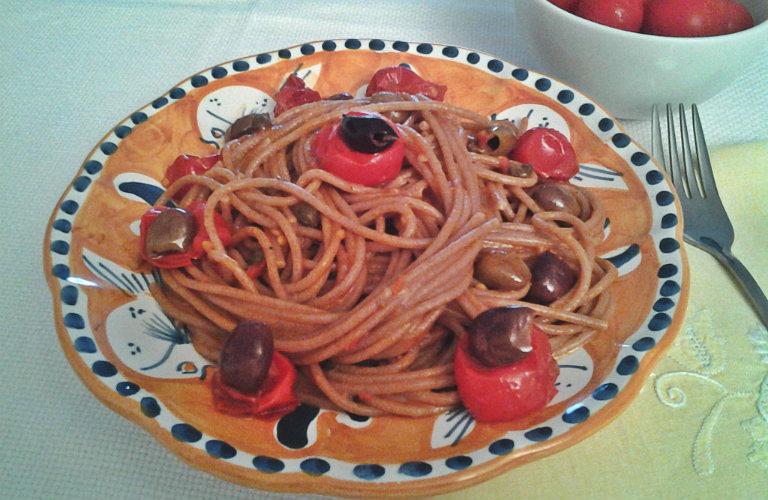 gm-spaghetti-farro-pomodorini-acciughe-piatto-gallery-7