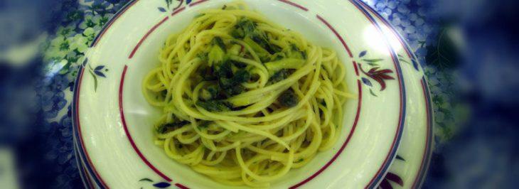 Spaghetti con zucchine  e capperi