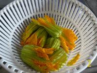 gm-strozzapreti-con-zucchine-in-fiore-fiori-gallery-2
