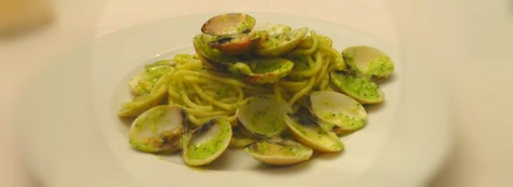 Tagliolini con vongole e crema di zucchine