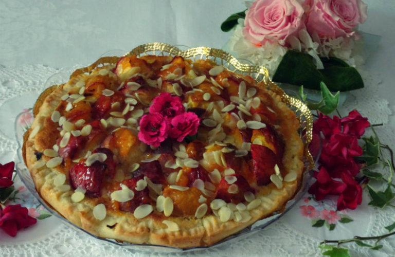gm-torta-crema-mandorle-pesche-piatto-gallery-10