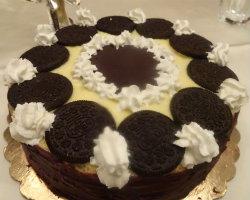 gm-torta-crema-pasticcera-oreo-glassa-fondente-decorazione-gallery-10a