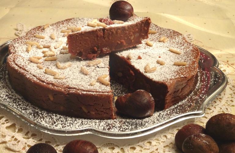 gm-torta-farina-castagne-uvetta-pinoli-piatto-gallery-10