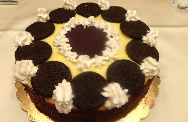 gm-torta-pasticcera-oreo-glassa-fondente-piatto-gallery-10