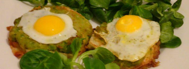 Tortini di piselli e fagiolini con uova di quaglia