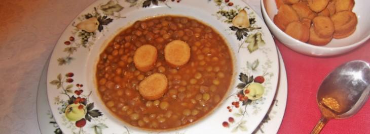 Zuppa di lenticchie con crostini