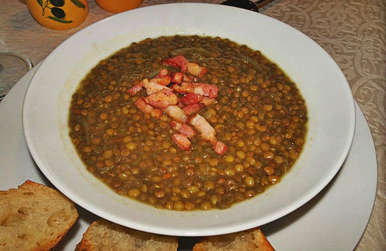 gm-zuppa-lenticchie-pancetta-piatto-gallery-4