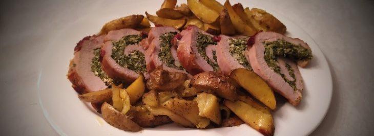Arrotolato di vitello ripieno di ricotta ed erbe con patate al forno