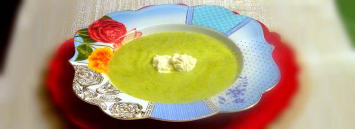 Crema di zucchine e porri con caprino