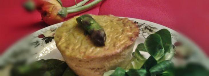 Piccoli flan di asparagi con ricotta e yogurt greco