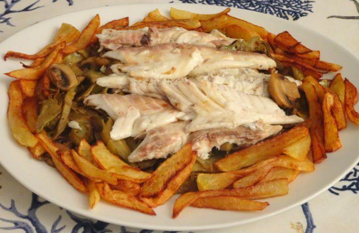 Orata al forno con carciofi e champignon