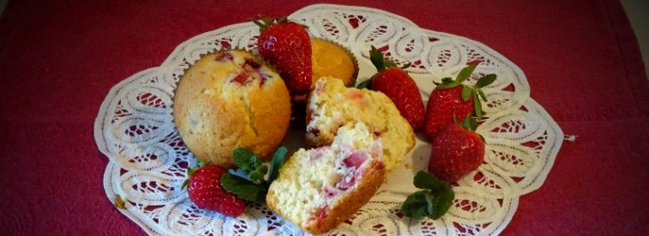 Piccoli muffin alle fragole