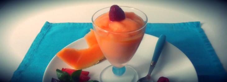 Sorbetto di melone con frutta di stagione