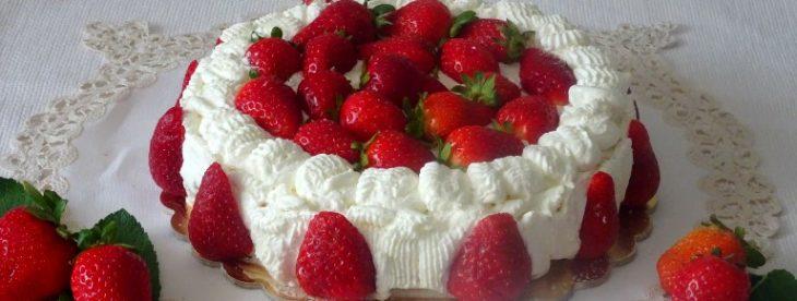 Torta fragole e chantilly