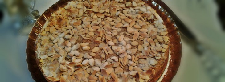 Torta di polenta di mais corvino, mandorle e amaretti